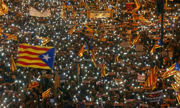 Barely a quarter of Catalans want to pursue split from Spain: poll