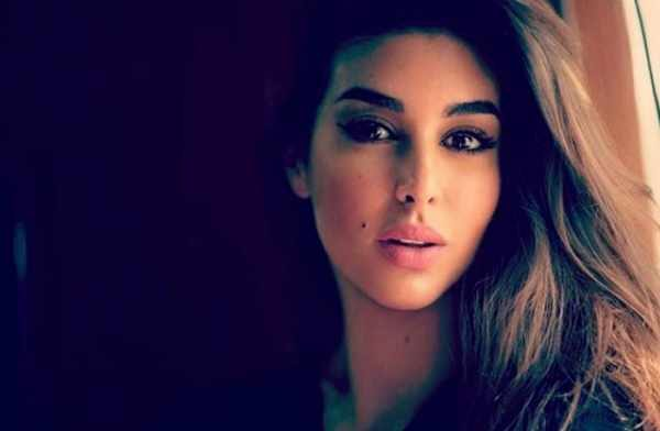 شاهد بالفيديو - ياسمين صبري بالحجاب: ملامحي تشبه السعوديات