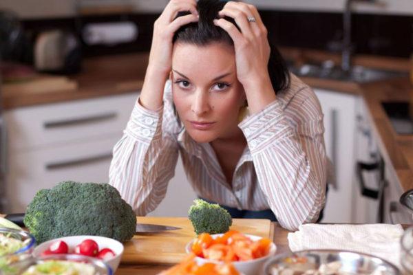 تأثير تناول الطعام على الحالة النفسية