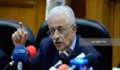 """وزير التعليم ردًا على منتقديه بعد أزمة """"التابلت"""": الامتحانات تجريبية ونتقدم بخطى ثابتة"""