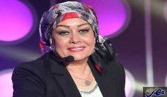 الفنانة هالة فاخر تعلق علي قرار حلا شيحة خلع الحجاب والعودة للفن ؟!