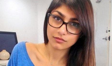 طبّاخ سويدي يُعلن خطبته على الممثلة الإباحية المعتزلة مايا خليفة .. إليكم التفاصيل