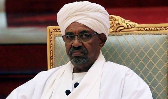 """""""إقالة في الثالثة فجرًا""""... """"سي إن إن"""" تكشف كواليس إطاحة جيش السودان بالبشير !! .. تفاصيل مثيرة"""