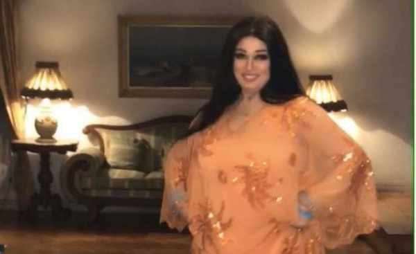 فيفي عبده توجه تحية إلى السعودية برقصة على اغنية لـ محمد عبده!!!