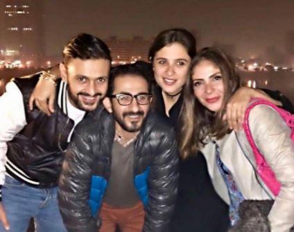 منى زكي وأحمد حلمي يدعمان ياسمين عبد العزيز بعد طلاقها بطريقتيهما !!