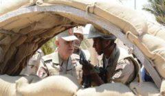 المتحدث العسكري ينشر فيديو لتفقد رئيس الأركان الأكمنة بوسط وشمال سيناء