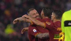 فيديو: روما يودع دي روسي بفوز ثمين على بارما بهدفين