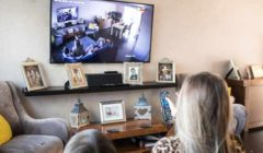 صدمة سيدة بريطانية بعد تركيب كاميرات مراقبة في منزلها... هذا ما اكتشفته وكان يحدث على مدار عامين - بالصور