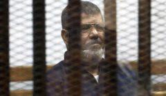 """تأجيل محاكمة مرسي و٢٣ آخرين بـ""""التخابر مع حماس"""" للغد"""