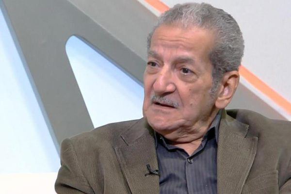 """عضو مجلس """"الصحفيين"""" يعلن انتهاء أزمة استخراج جثمان حسين قدري بلندن"""