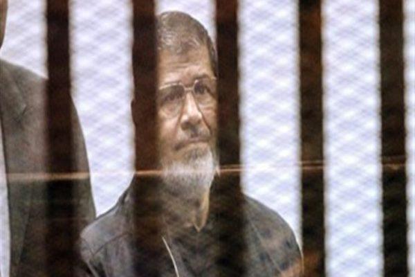 النيابة تُصرح بدفن جثة محمد مرسي بعد تقرير الطب الشرعي