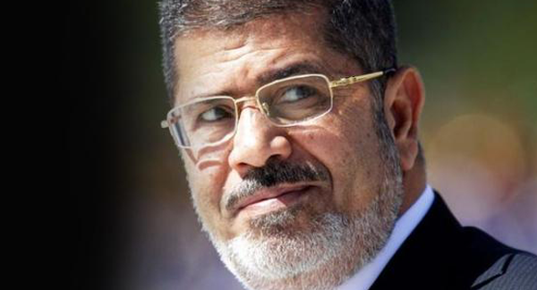 عاجل | وفاة محمد مرسي خلال جلسة محاكمته وهذا بيان النائب العام .. إليكم التفاصيل