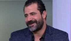 """بالفيديو- رد طريف من خطيبة محمود حافظ بعدما أخبرها بتأجيل الزفاف بسبب """"الممر"""" ؟!"""