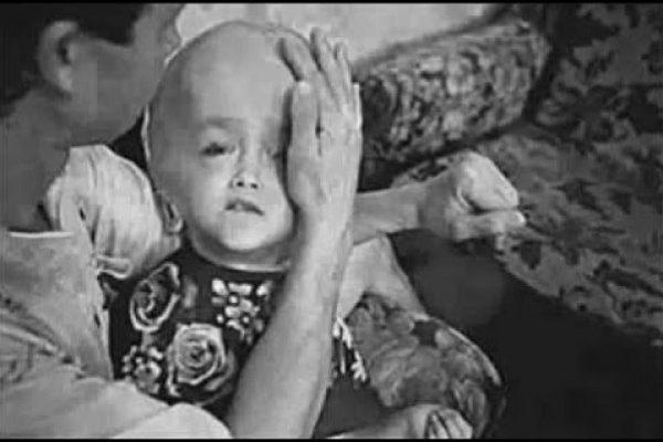 """شاهد: إلى أي مدى كان مسلسل """"مفاعل تشرنوبل"""" الذي هز العالم حقيقيًا؟!!"""