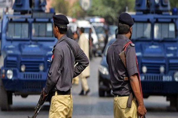 باكستاني يقتل زوجته وأطفاله في أحدث جرائم الشرف