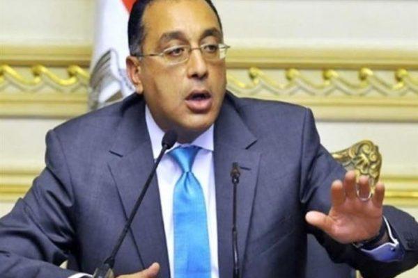 """رئيس الوزراء بمحطة """"ناصر"""" للمترو"""": الشركات المصرية تمتلك الخبرة الكافية"""