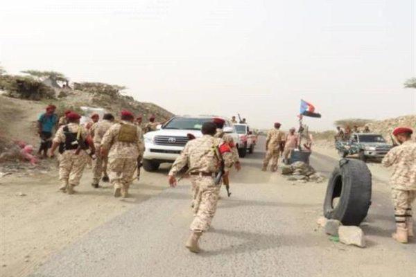 قائد عسكري باليمن يتفقد نقاط أمنية ومواقع ارتكاز في محافظة لحج