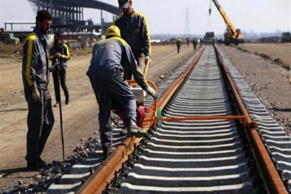 مسؤول إيراني: قريبا العمل بمشروع مد خط سكك حديدية بين إيران والعراق