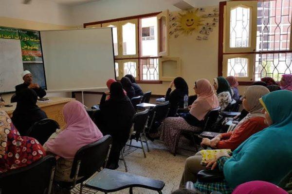 خريجو الأزهر بدمياط تعقد دورات تأهلية في اللغة الإنجليزية