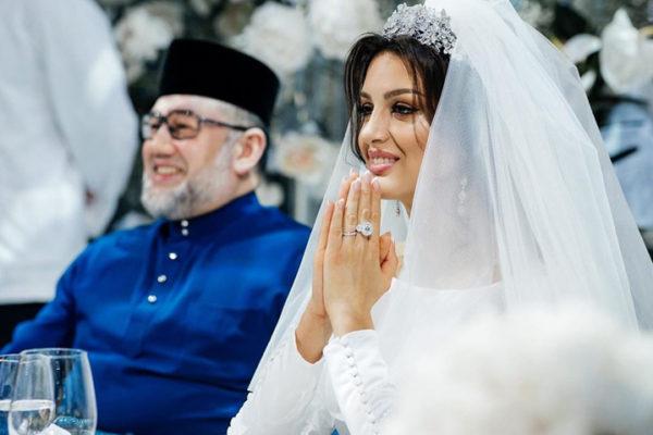 بعد ان شغلت قصة زواجهما العالم .. طلاق ملك ماليزيا وملكة جمال موسكو !! - إليكم التفاصيل