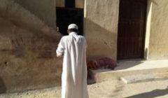 جاءه هاتف في المنام فنبش قبر والدته واخرج جثتها وذهب بها الى المسجد!! - إليكم التفاصيل