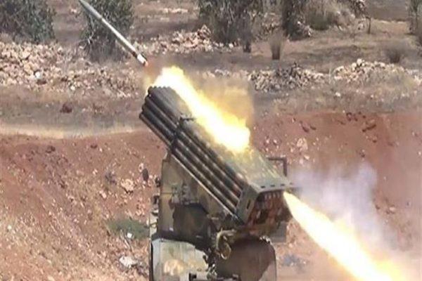 المضادات الجوية في حميميم بسوريا تتصدى لأجسام في سماء القاعدة