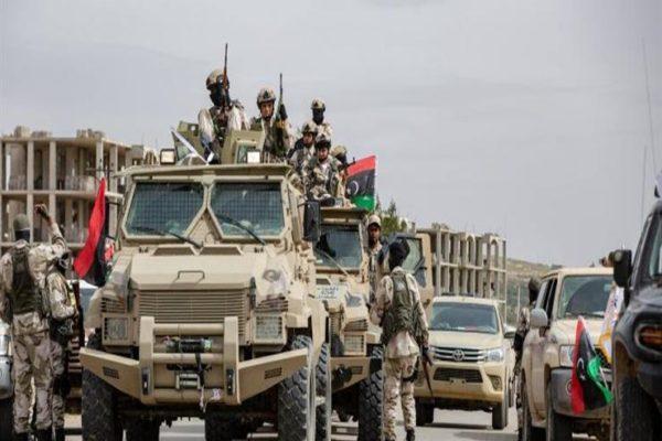 """الجيش الليبي يستهدف مستودع يأوي """"طائرات تركية"""" في مطار زوارة"""