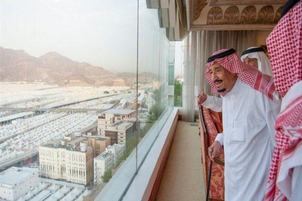 ضيوف الرحمن يرفعون التهنئة للقيادة السعودية بمناسبة نجاح موسم الحج