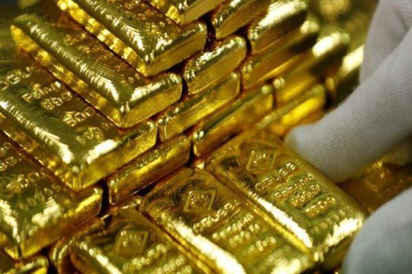 أسعار الذهب العالمية تنخفض بفضل تنازلات ترامب التجارية