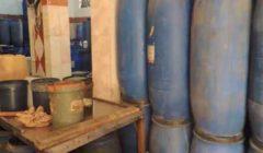 الداخلية تداهم 5 مصانع لإنتاج الصابون وزيوت الطعام المغشوشة بالقليوبية- (فيديو)
