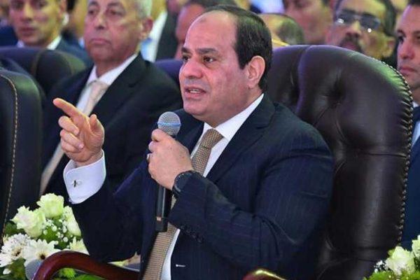 غضب ووعيد وتوجيهات.. 33 رسالة من السيسي للجيش والمصريين