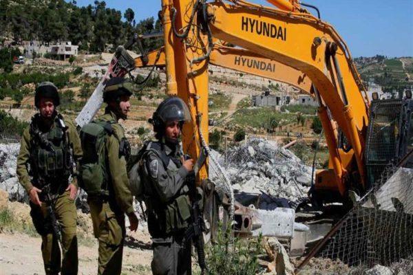 الاحتلال الإسرائيلي يجبر فلسطينيًا في القدس على هدم منزله بنفسه