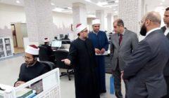 قنصل العراق بالقاهرة يتعرف على آليات العمل بمركز الأزهر للفتوى