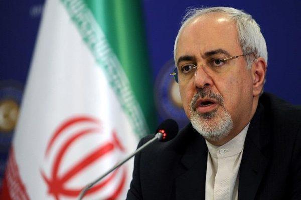 أول تعليق من وزير الخارجية الإيراني على عقوبات ترامب