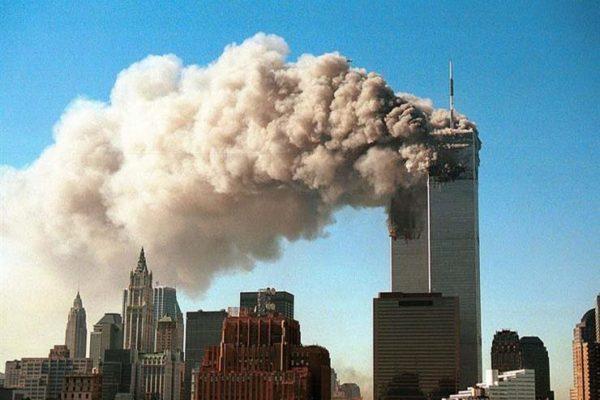 """""""خدعة للقضاء على العرب"""" و""""نبوءة قرآنية"""".. شائعات عن هجمات 11 سبتمبر"""