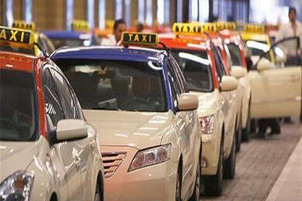 دبي توفر إنترنت مجانيًا وترجمة فورية لخدمة ركاب التاكسي