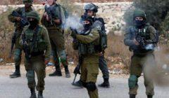 الاحتلال يقتحم قرية غرب رام الله ويصيب ويعتقل عددًا من الفلسطينيين