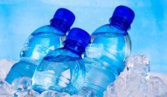 «مركز السيطرة على الأمراض» يتتبع المواد الكيميائية الخطرة في زجاجات المياه