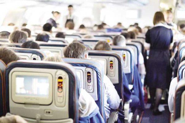 صحيفة: شركات الطيران ستزن الركاب في المستقبل من أجل خفض تكلفة الوقود