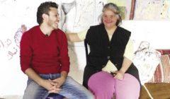 قصة «منال» بطلة لوحات «أنس»: أصبحت أيقونة فى المعارض الفنية