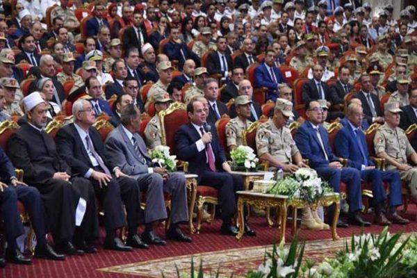 """""""اللي عمله الجيش فضل كبير من ربنا"""".. ماذا قال السيسي عن القوات المسلحة؟"""