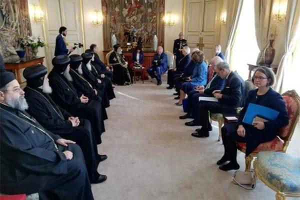 سفير مصر بباريس يكشف تفاصيل لقاء رئيس الشيوخ الفرنسي والبابا تواضروس