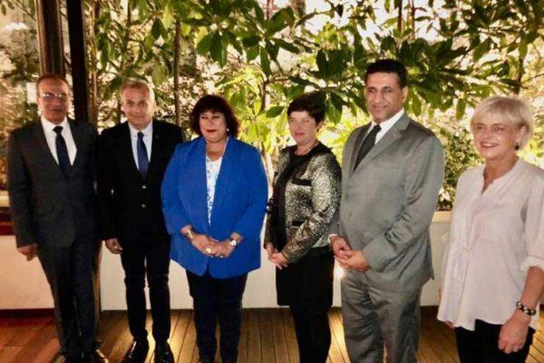 وزيرة الثقافة تلتقي وزير العمل الصربي لبحث فرص الاستثمار المشتركة