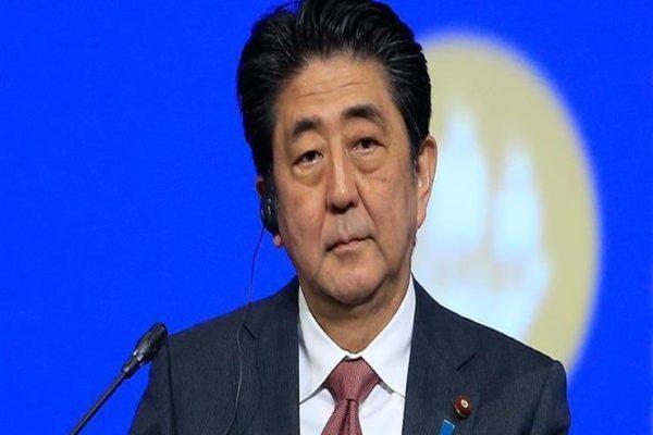 """رئيس وزراء اليابان يتفقد محافظة """"ناجانو"""" في أعقاب الإعصار """"هاجيبيس"""""""