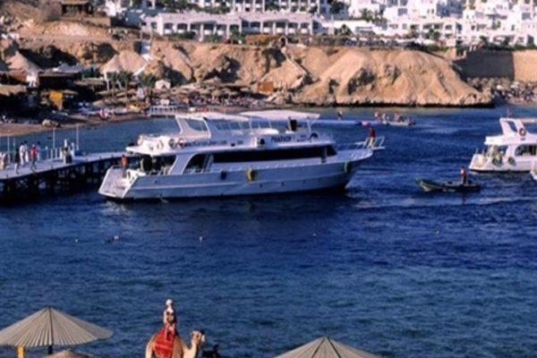 """""""إقرار عالمي بأمان مصر"""".. كيف استقبل القطاع السياحي عودة الرحلات البريطانية؟"""