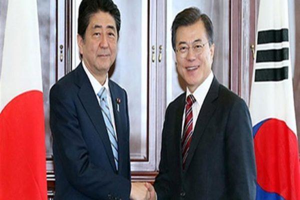 رئيسا وزراء اليابان وكوريا الجنوبية يتفقان على مواصلة الحوار رغم الخلافات المشتعلة