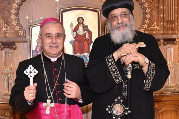 البابا تواضروس الثاني يلتقي سفير الفاتيكان بمصر بمناسبة انتهاء فترة عمله