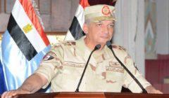 وزير الدفاع ينيب قادة الجيوش الميدانية بوضع إكليل الزهور على قبر الجندى المجهول