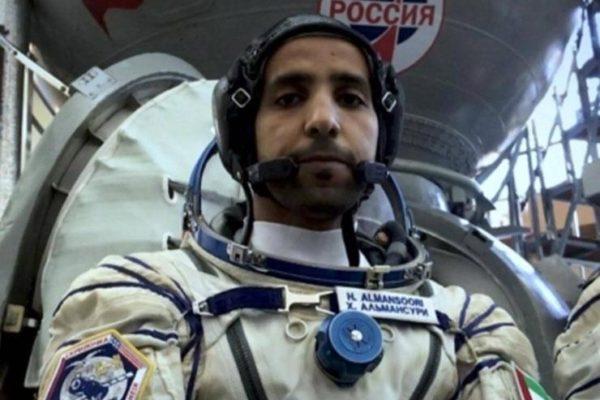 بالفيديو- لحظة هبوط مركبة رائد الفضاء الإماراتي هزاع المنصوري للأرض
