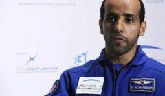 رائد الفضاء الإماراتي: «رأسي تضخمت وحاسة الشم بها تغيرات».. وخبيرة توضح السبب
